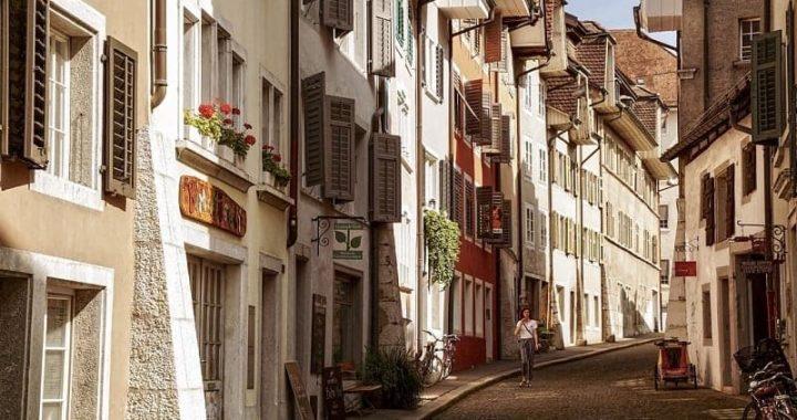 Guide : Vaut-il mieux acheter ou louer un bien immobilier ?
