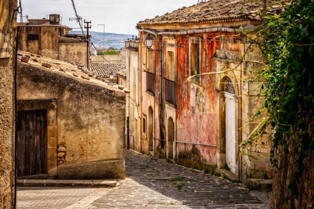 vente maison 1 euro en sicile