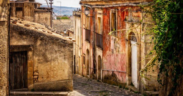 Sicile : des maisons à vendre à 1 euro